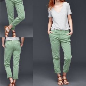GAP Girlfriend Chino Olive Green Twill Khaki Pants